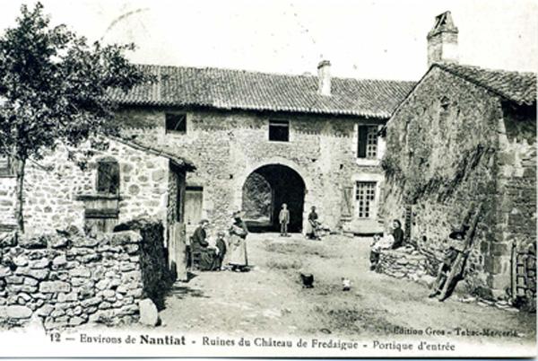 Vestiges du château de Fredaigue. CPA collection privée
