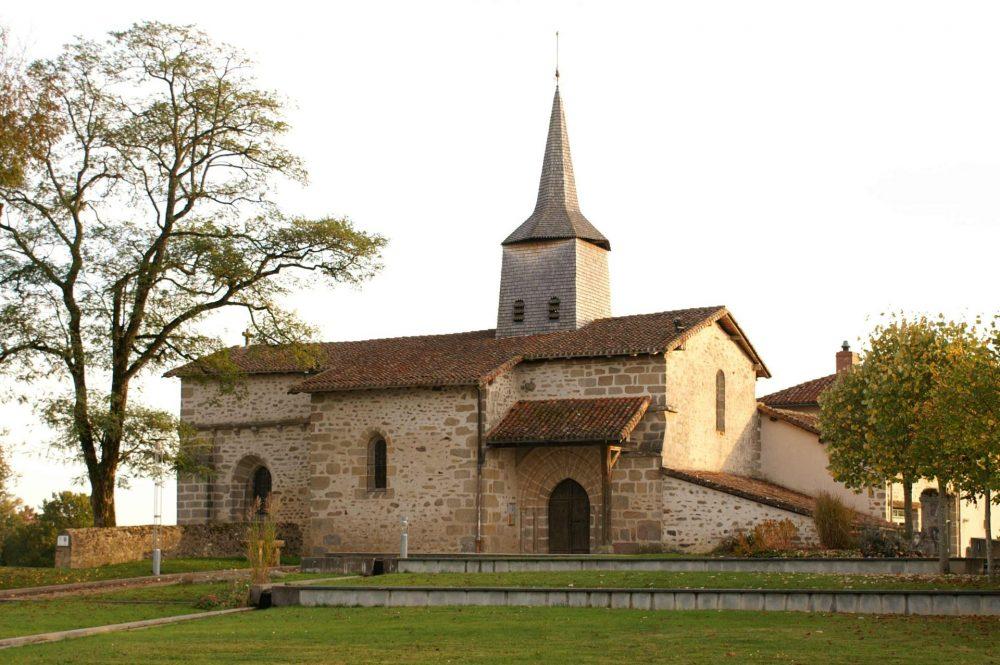 Eglise de Chaptelat. Photo AN 2011