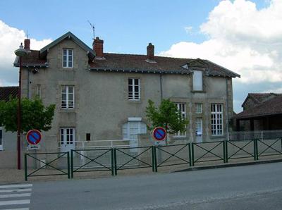 L'ancienne école de Saint-Gence aujourd'hui. Photo MNA